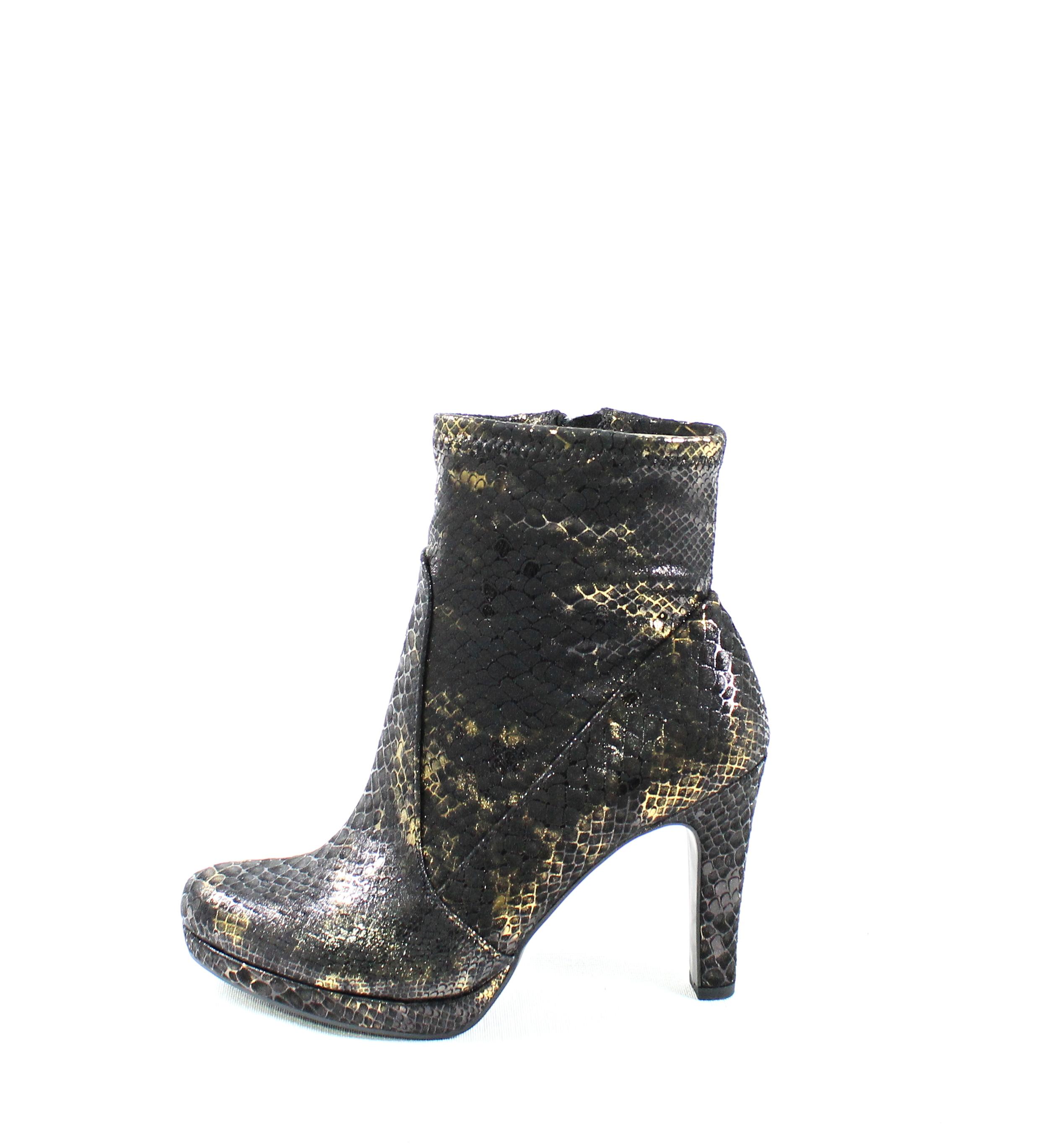 Dámske členkové čižmy TAMARIS 1-25365-29 BLACK STRUCT – Topánky ... 887b4dc0fc8